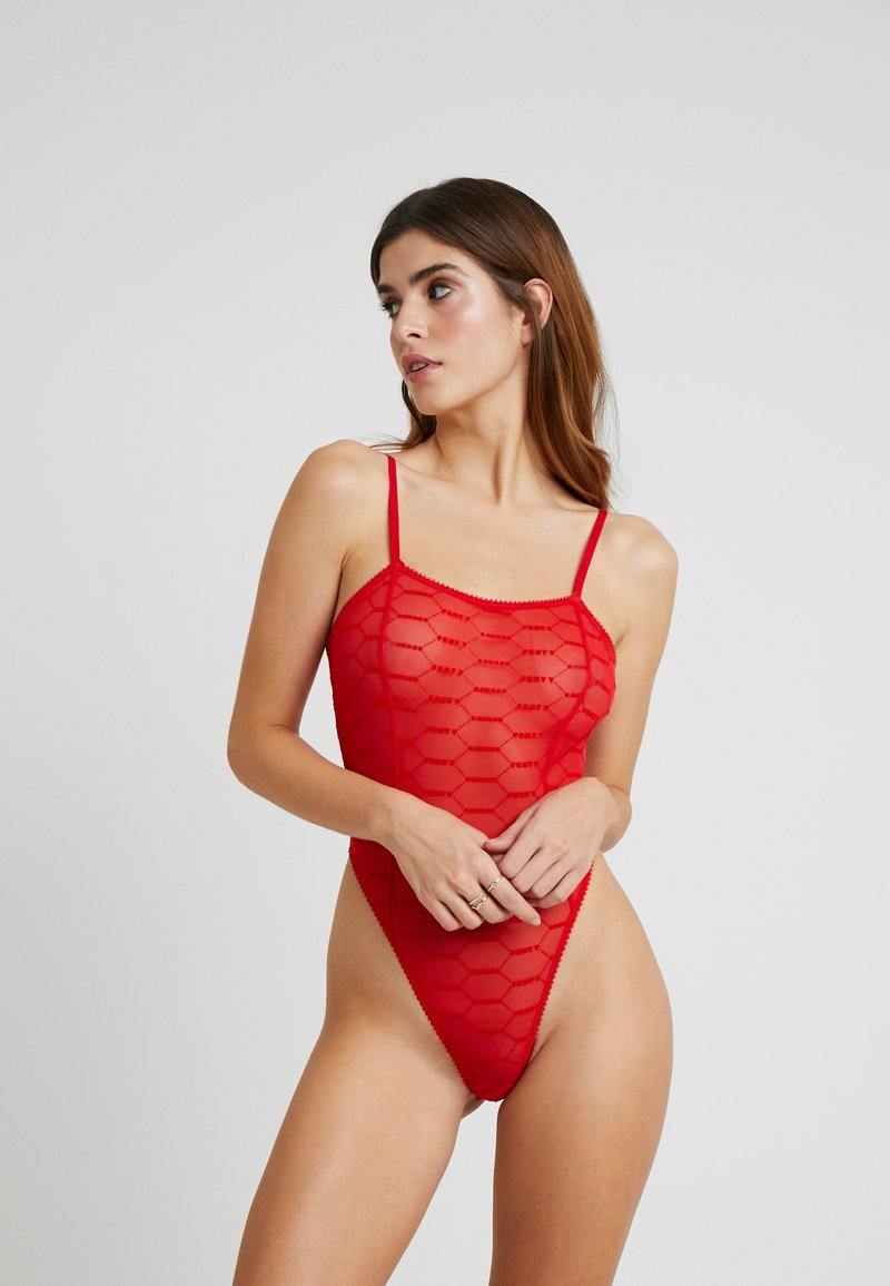 SAVAGE X FENTY - THONG TEDDY - Body - goji berry