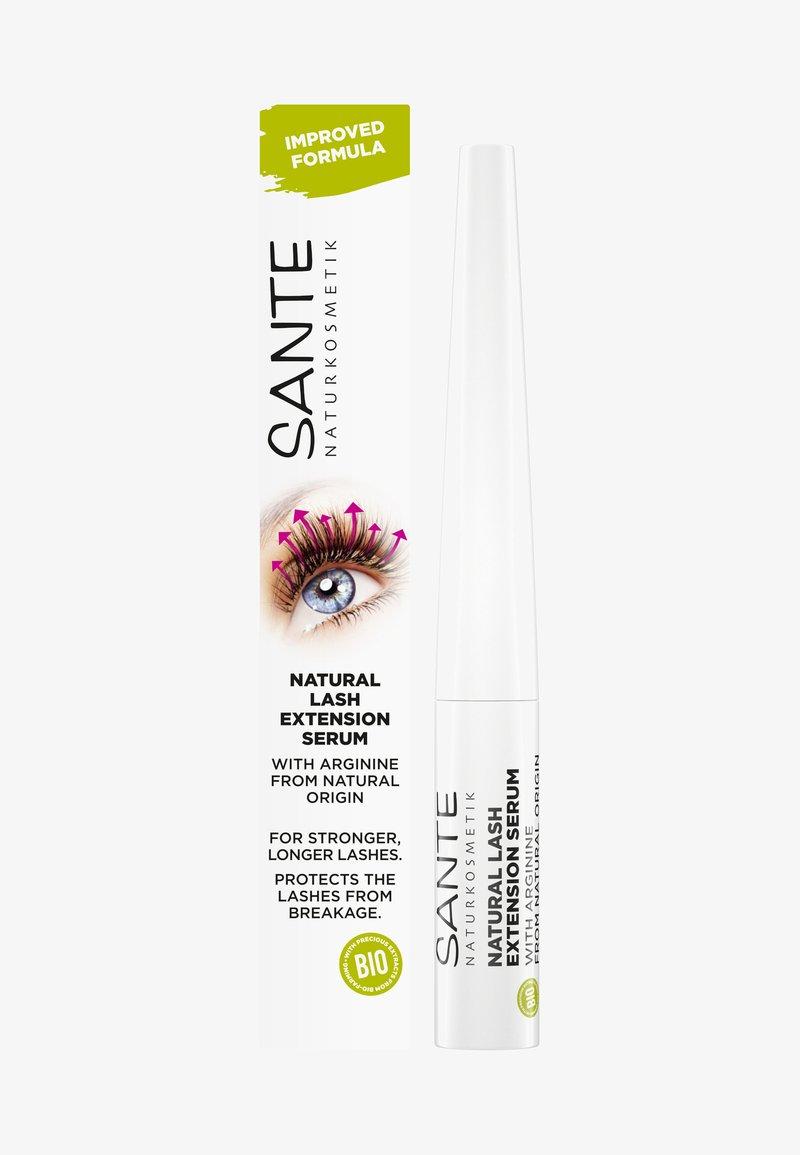 Sante - NATURAL LASH EXTENSION SERUM - Mascara soin - -