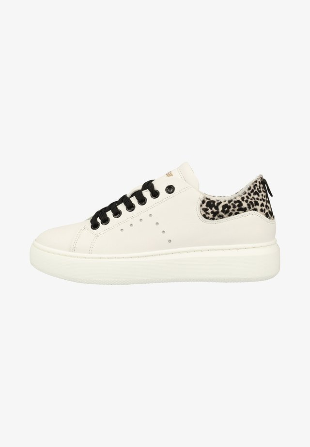 Sneakers - offwhite