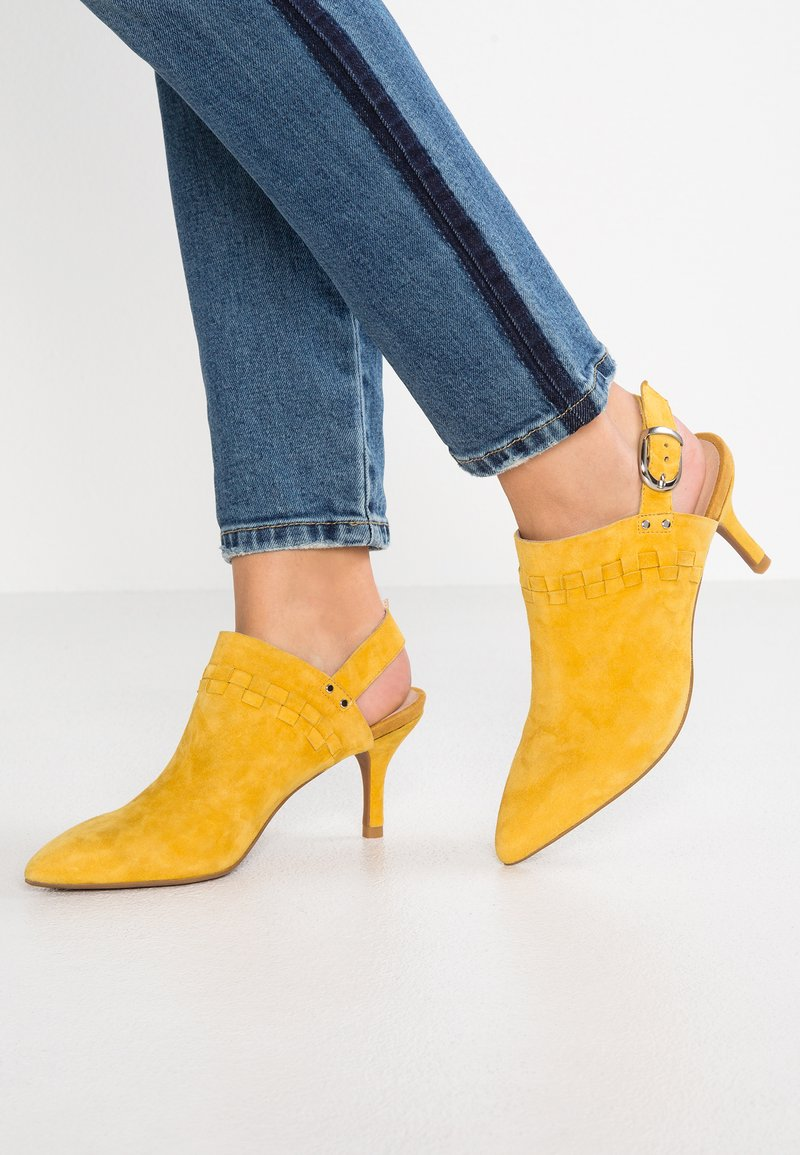 Shoe The Bear - AGNETE SLINGBACK  - Classic heels - yellow