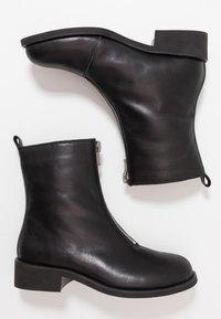 Shoe The Bear - JO FRONT ZIP - Støvletter - black - 3