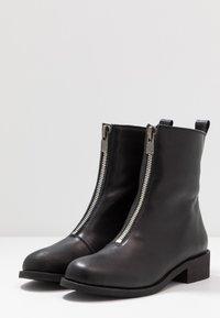 Shoe The Bear - JO FRONT ZIP - Støvletter - black - 4