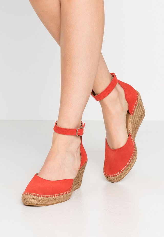 SALOME - Plateaupumps - coral red
