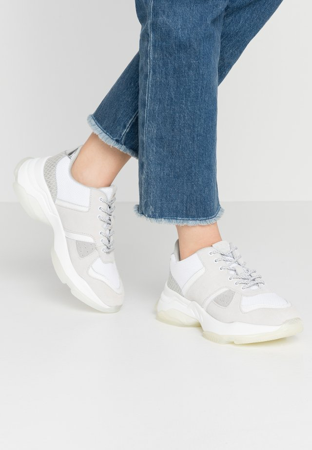 ROMINA - Trainers - white