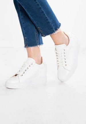AVA - Sneakers basse - white