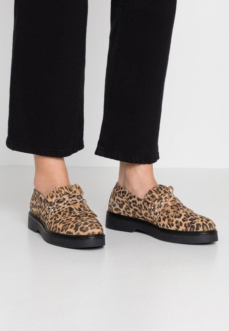 Shoe The Bear - BILLIE FRINGES - Mocassins - brown