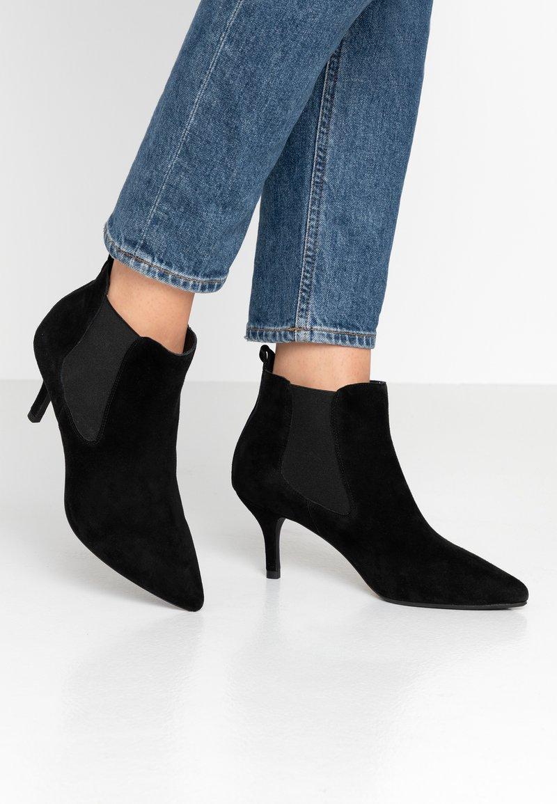 Shoe The Bear - AGNETE CHELSEA  - Ankle boots - black