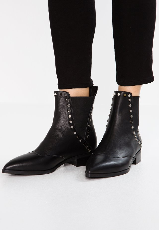 LINN CHELSEA - Classic ankle boots - black
