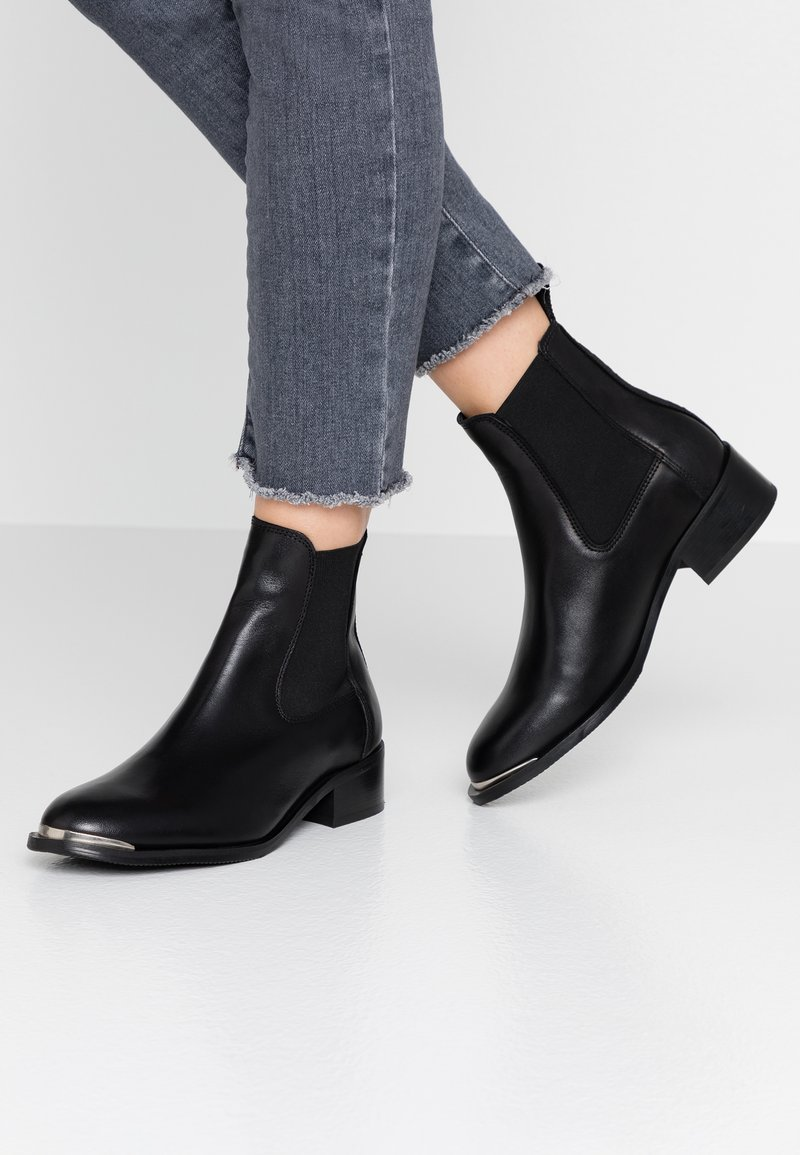 Shoe The Bear - RUBY  - Classic ankle boots - black