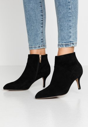VALENTINE - Ankle Boot - black