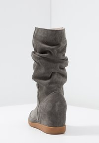 Shoe The Bear - EMMY SLOUCHY - Wedge boots - dark grey - 5