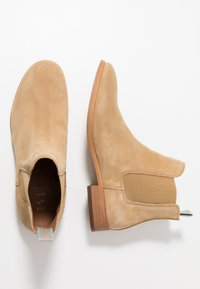 Shoe The Bear - DEV - Classic ankle boots - sand - 1