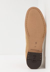 Shoe The Bear - DEV - Classic ankle boots - sand - 4