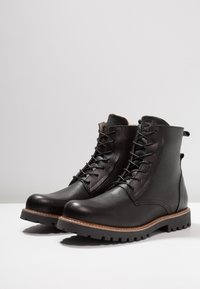 Shoe The Bear - POLAR - Lace-up ankle boots - black - 2