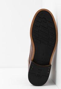 Shoe The Bear - CURTIS - Bottines à lacets - tan - 4