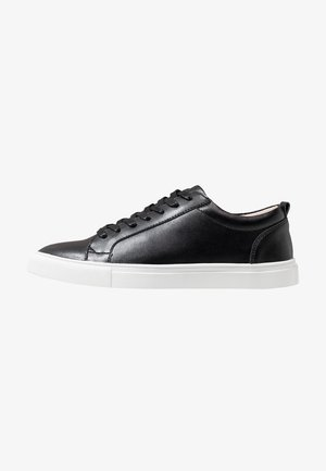 COLE - Baskets basses - black