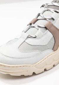 Shoe The Bear - ORBITAL - Sneakers - white - 5