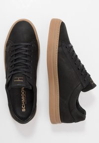 Schmoove - SPARK CLAY - Trainers - black - 1