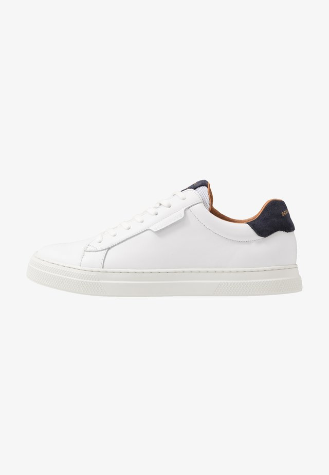 SPARK CLAY - Trainers - white/azul