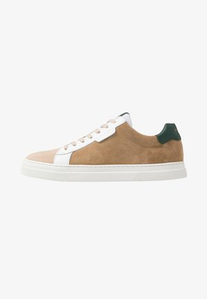 SPARK CLAY - Trainers - mushroom/foret