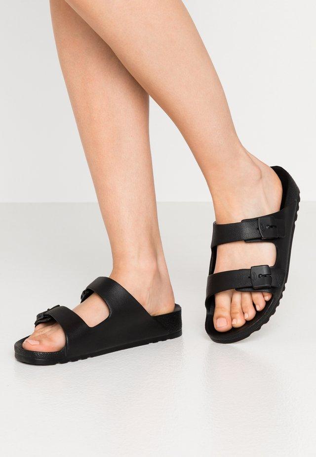 BAHIA - Pantolette flach - black