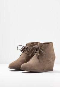 Scholl - GRIEL - Ankle boots - dark taupe - 4