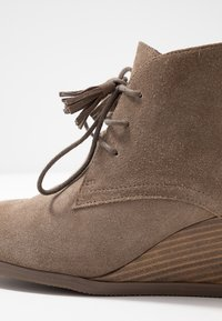 Scholl - GRIEL - Ankle boots - dark taupe - 2