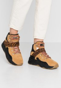 Scotch & Soda - CELEST - Baskets montantes - camel/black - 0