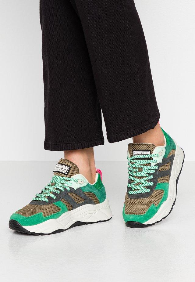 CELEST - Trainers - green/multicolor