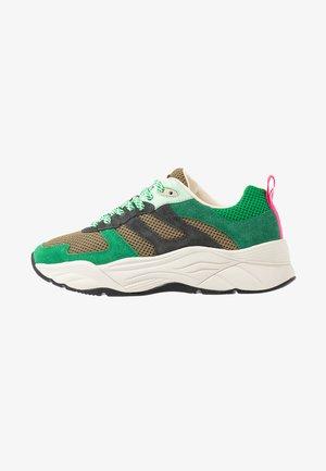 CELEST - Zapatillas - green/multicolor