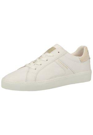 Trainers - bright white s290