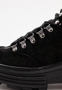 Scotch & Soda - CARA MID LACE  - Kotníková obuv - black - 2