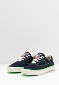 Scotch & Soda - MENTON LACE SHOES - Sneakersy niskie - marine - 2