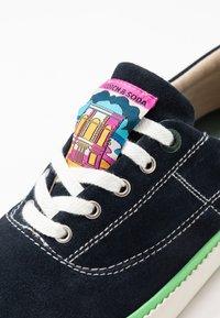 Scotch & Soda - MENTON LACE SHOES - Sneakersy niskie - marine - 5