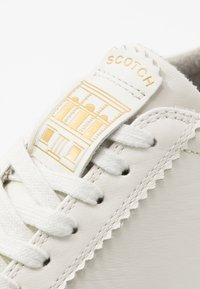 Scotch & Soda - PLAKKA - Sneakersy niskie - offwhite - 5