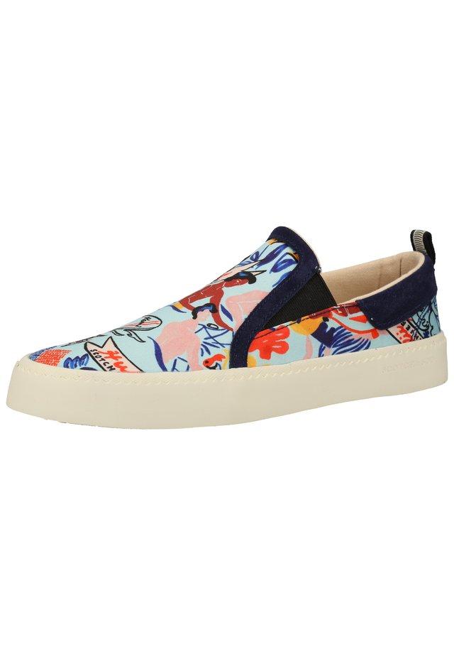 Sneakersy niskie - blue keoni print s621