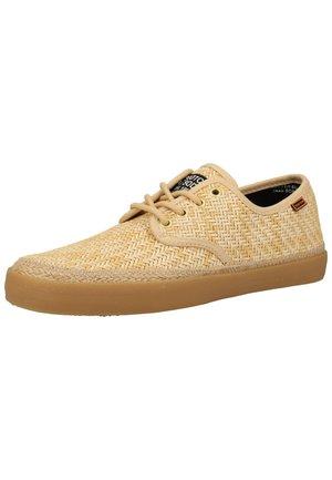 Sneakersy niskie - light sand s253