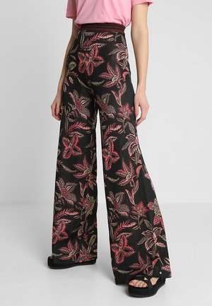 WIDE LEG PANTS IN TROPICAL PALM PATTERN - Bukse - combo