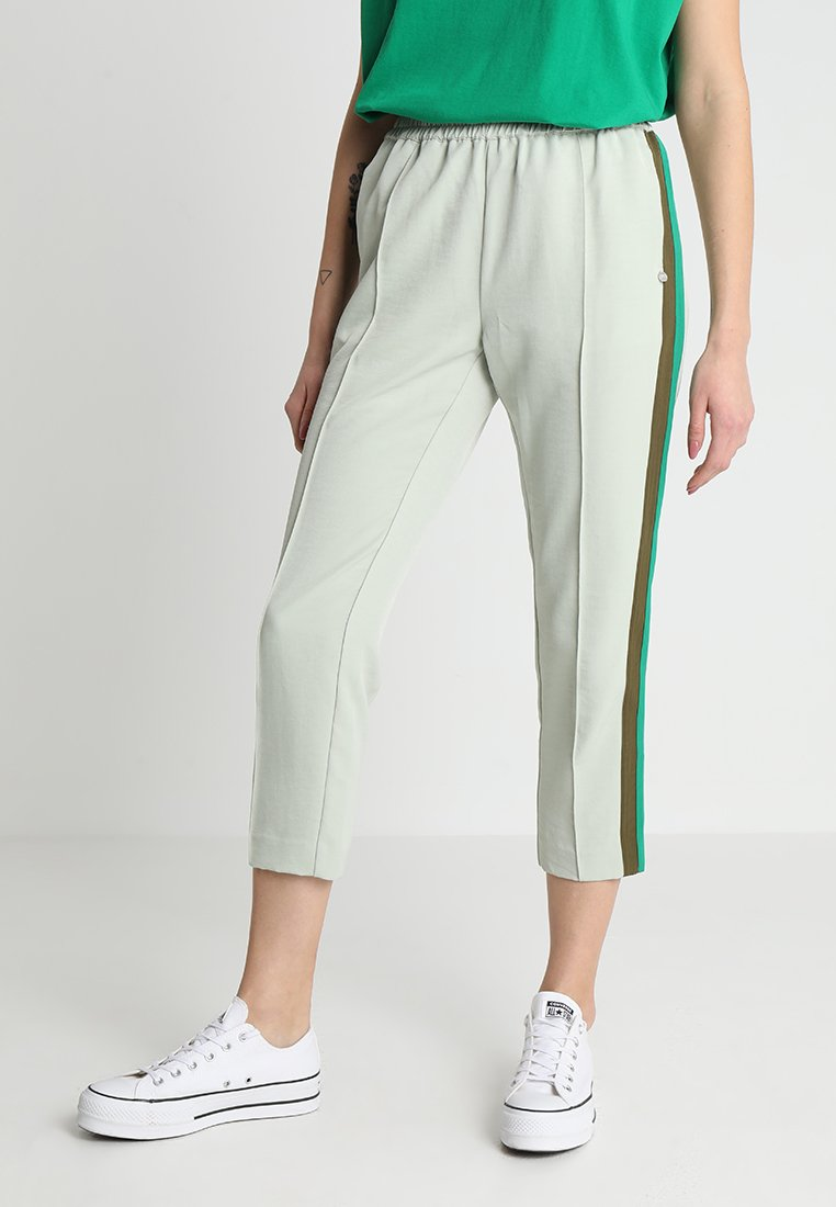 Scotch & Soda - TAPERED LEG PANTS WITH CONTRAST SIDE PANELS - Trousers - seafoam