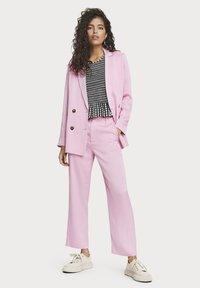 Scotch & Soda - Trousers - pink violet - 4
