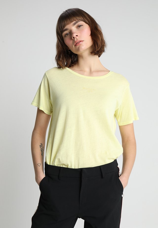 SHORT SLEEVE TEE - T-shirt print - lemonade