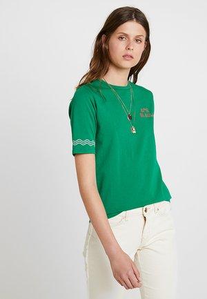 IN VARIOUS PRINTS - T-shirt imprimé - seaglass green