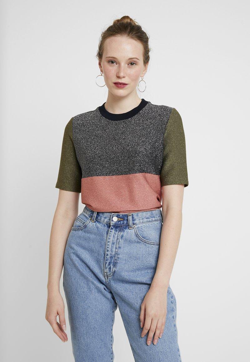Scotch & Soda - COLOUR BLOCK SHORT SLEEVE TEE - T-shirts print - combo