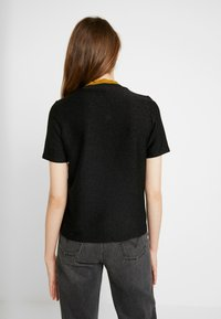 Scotch & Soda - TEE WITH HIGH NECK - T-shirts med print - black - 2