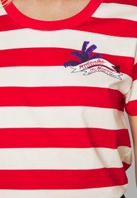 Scotch & Soda - KEONI CAPSULE PRINTED REGULAR FIT TEE - Print T-shirt - combo - 5
