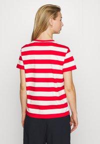 Scotch & Soda - KEONI CAPSULE PRINTED REGULAR FIT TEE - Print T-shirt - combo - 2