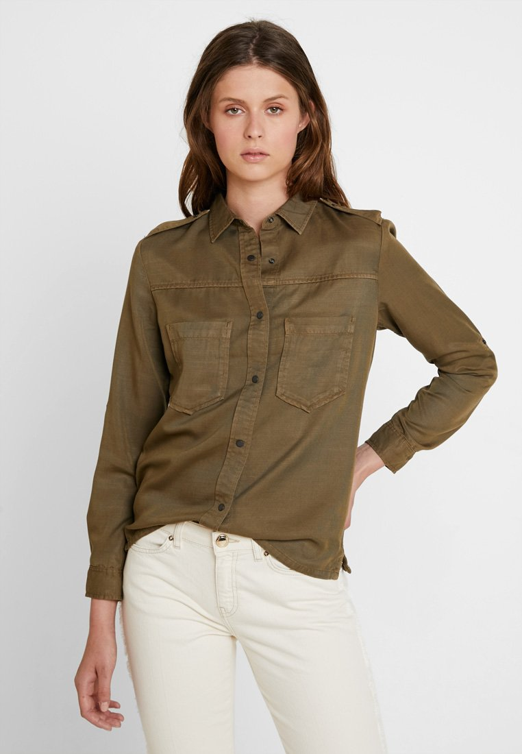 Scotch & Soda - WORKWEAR INSPIRED IN DRAPY QUALITY - Button-down blouse - military green