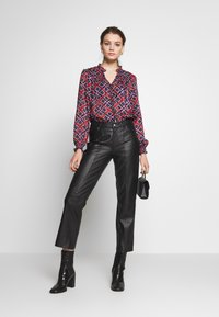 Scotch & Soda - SHEER RUFFLE  - Skjorte - combo - 1