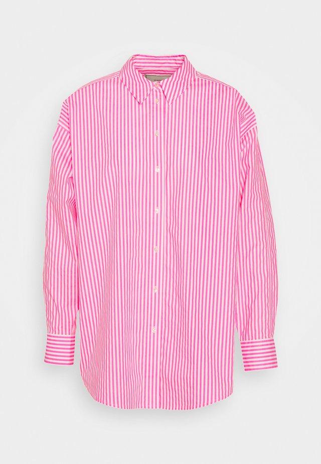 OVERSIZED - Bluzka - pink/white