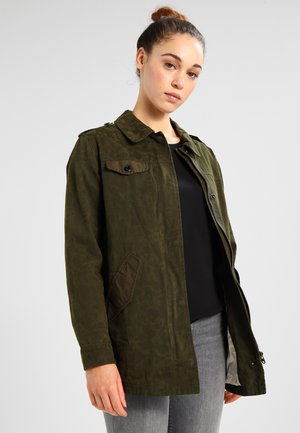 MILITARY IN SPECIAL CAMOUFLAGE PRINT - Kurtka jeansowa - military green